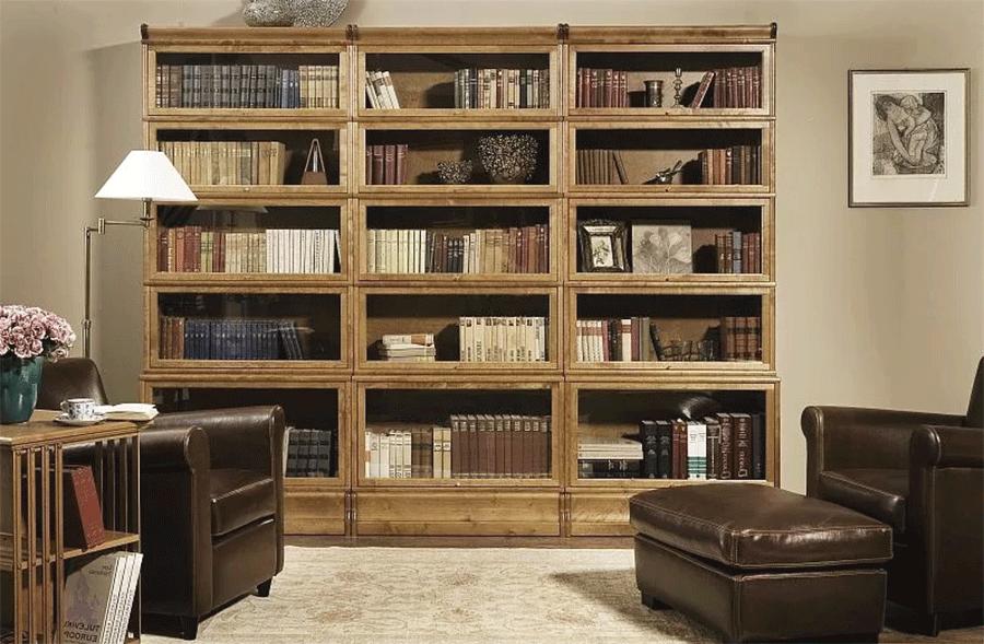 В раздвижной библиотеке секции располагаются в несколько слоев